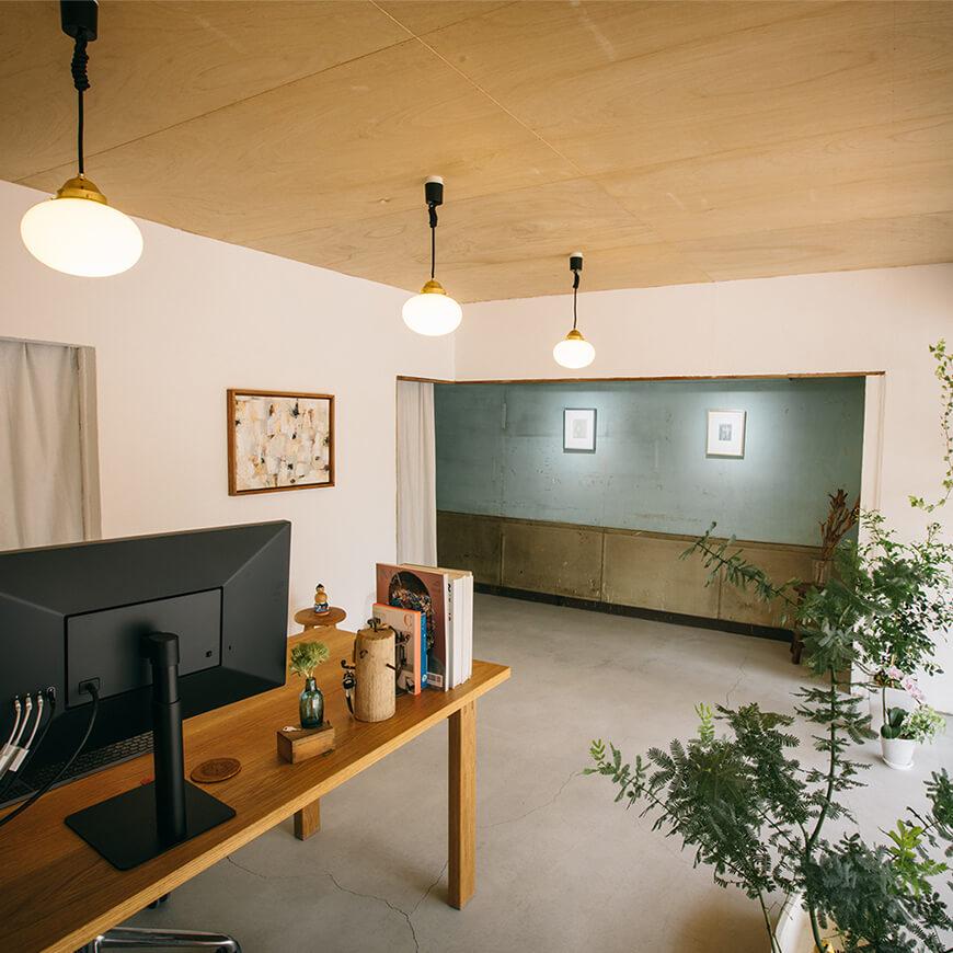 MOPTOP施工事例 EMDesigns 新しい壁と古い壁が良い感じにマッチ